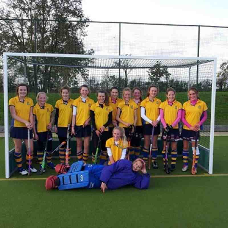 Girls U14 YYHL winners 2012/13.