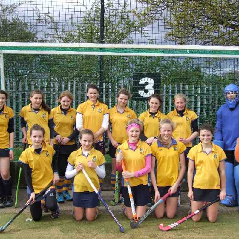 U14 Girls at the North of England EHB cup playoffs at Chester.