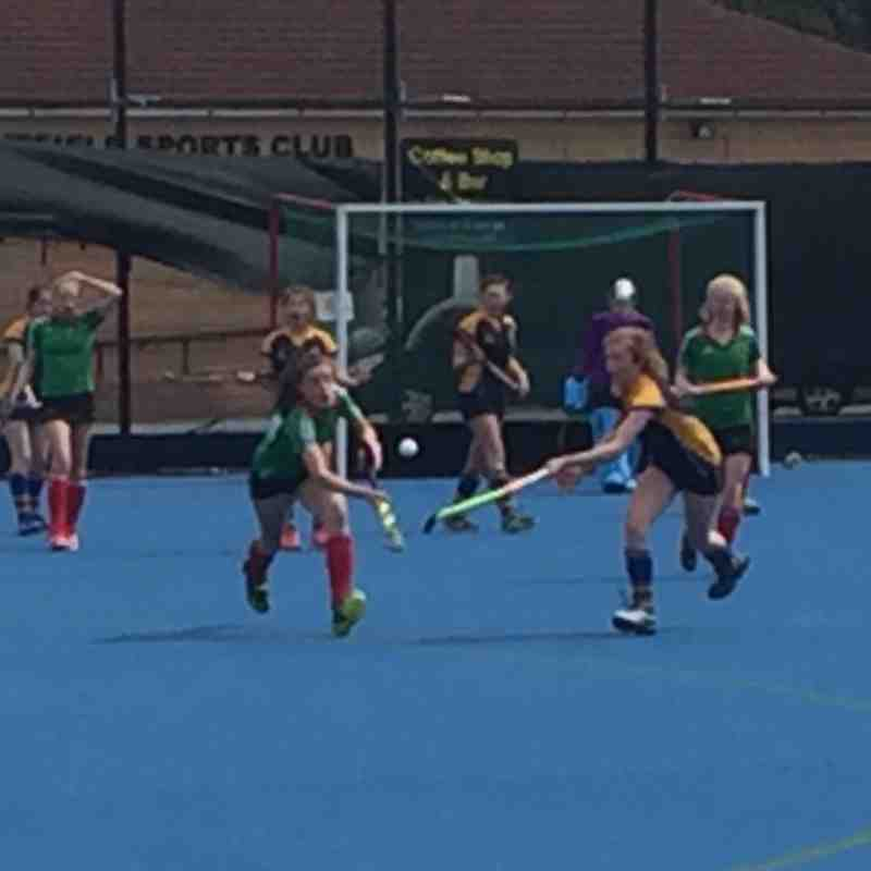 U14 Girls game action.