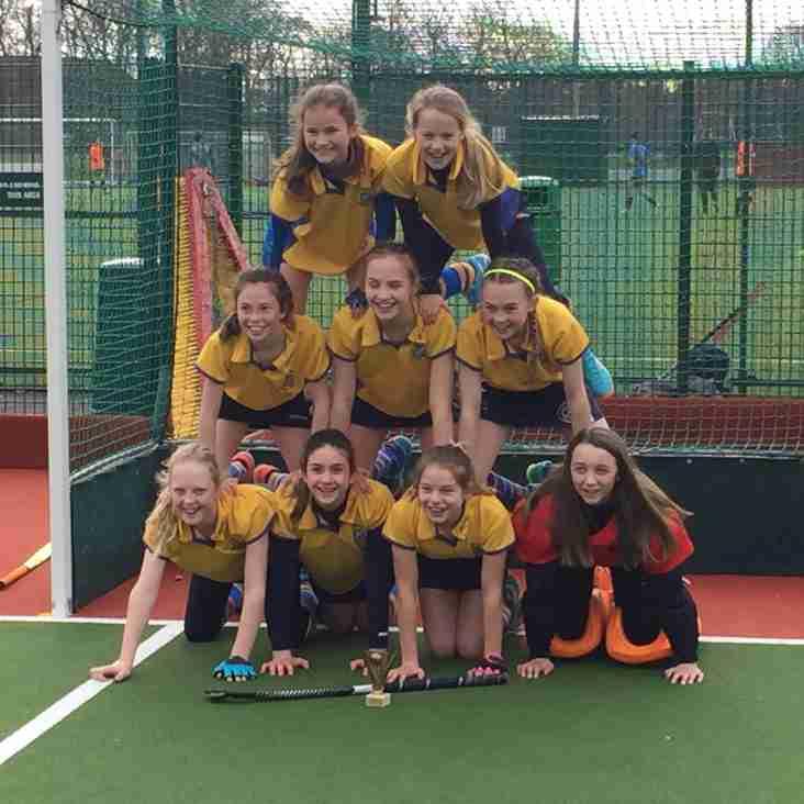 U12 Girls take YYHL title