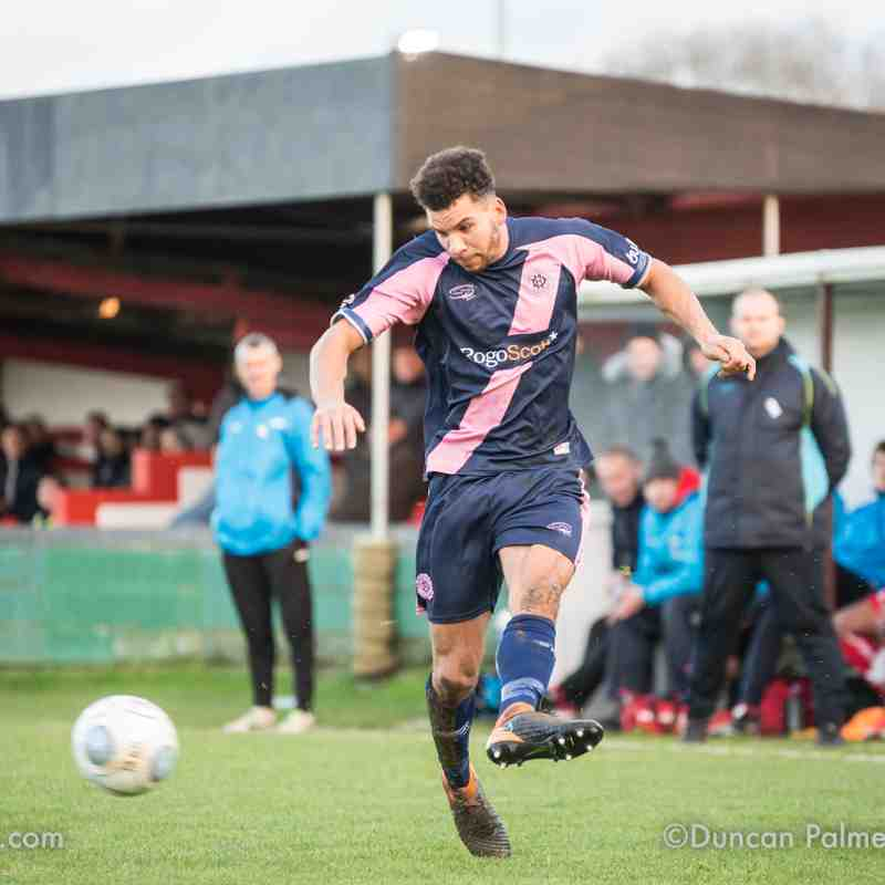 Hemel Hempstead Town 1 - 0 Dulwich Hamlet, 8th December 2018