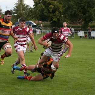 Annetts 31 Point Blitz Sees Off Harrogate