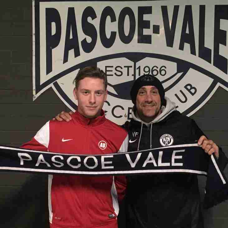 Pascoe Vale Signs Matthew Hennessey