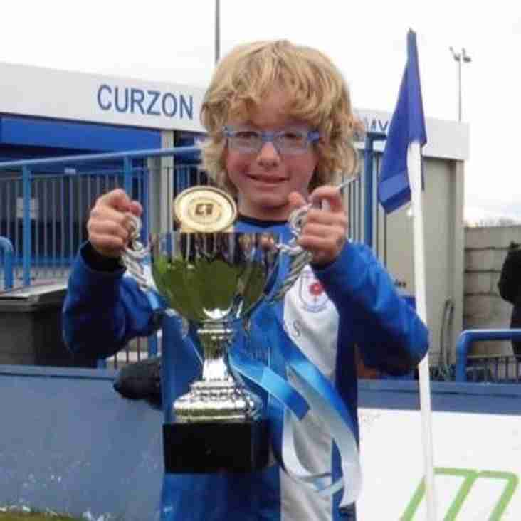 Under 7 Blues march on to the Premier Division Cup final