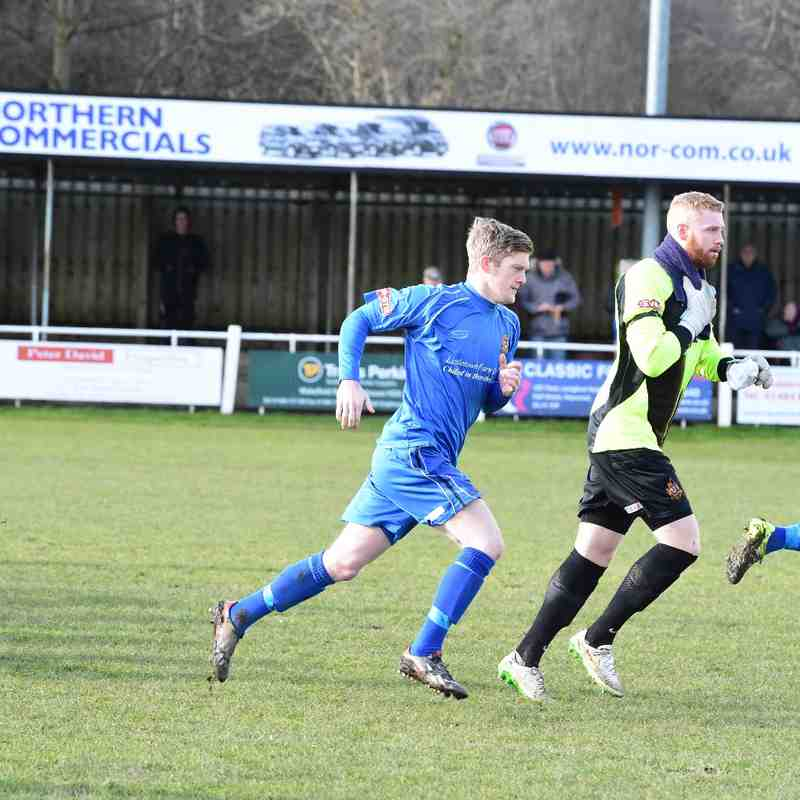 Brighouse Town 3 Clitheroe 4