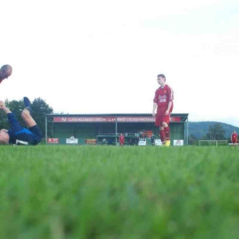 Llanrwst United v Denbigh Town