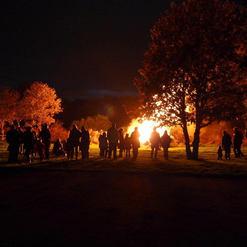Dinting Cricket Club Bonfire Night