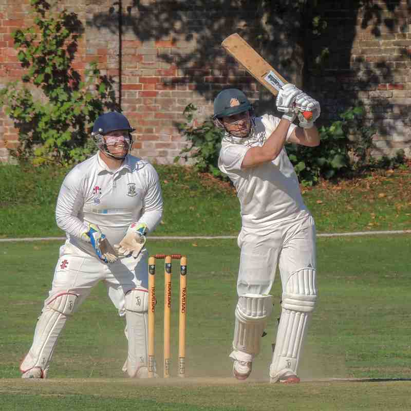 1s v Banstead Sept 2018 - Dom Murtagh