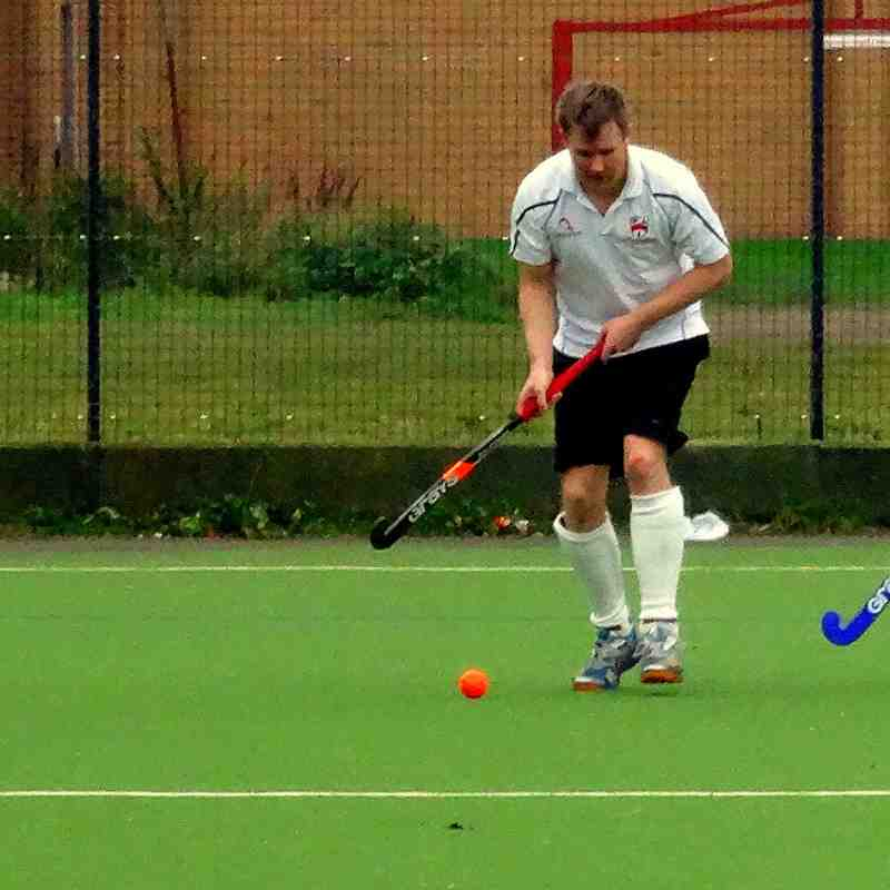 Droitwich Spa Hockey Club Men 2s vs Old Wulfrunians October 2016