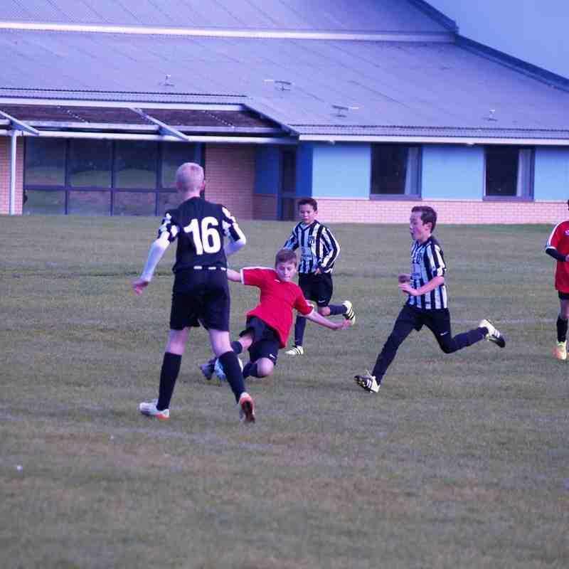 Moulton Magpies Black 'v' HUFC U12