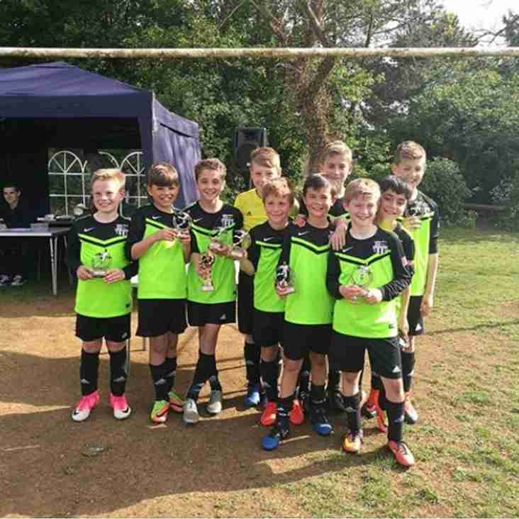 OUR 11'S WIN BLOXHAM TOURNAMENT!