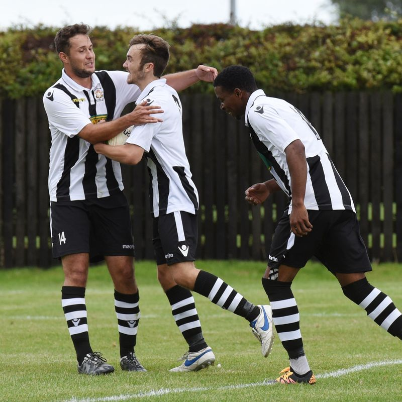 MATCH REPORT: Late penalty secures Star a share of the spoils