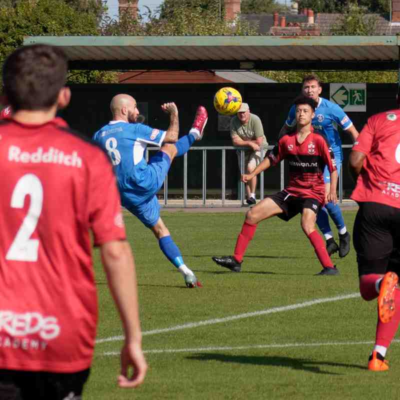 Leiston 4 Redditch United 3