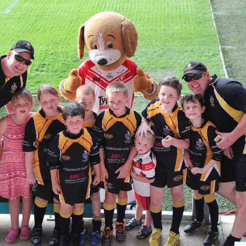 Under 8's at Saints vs Widnes