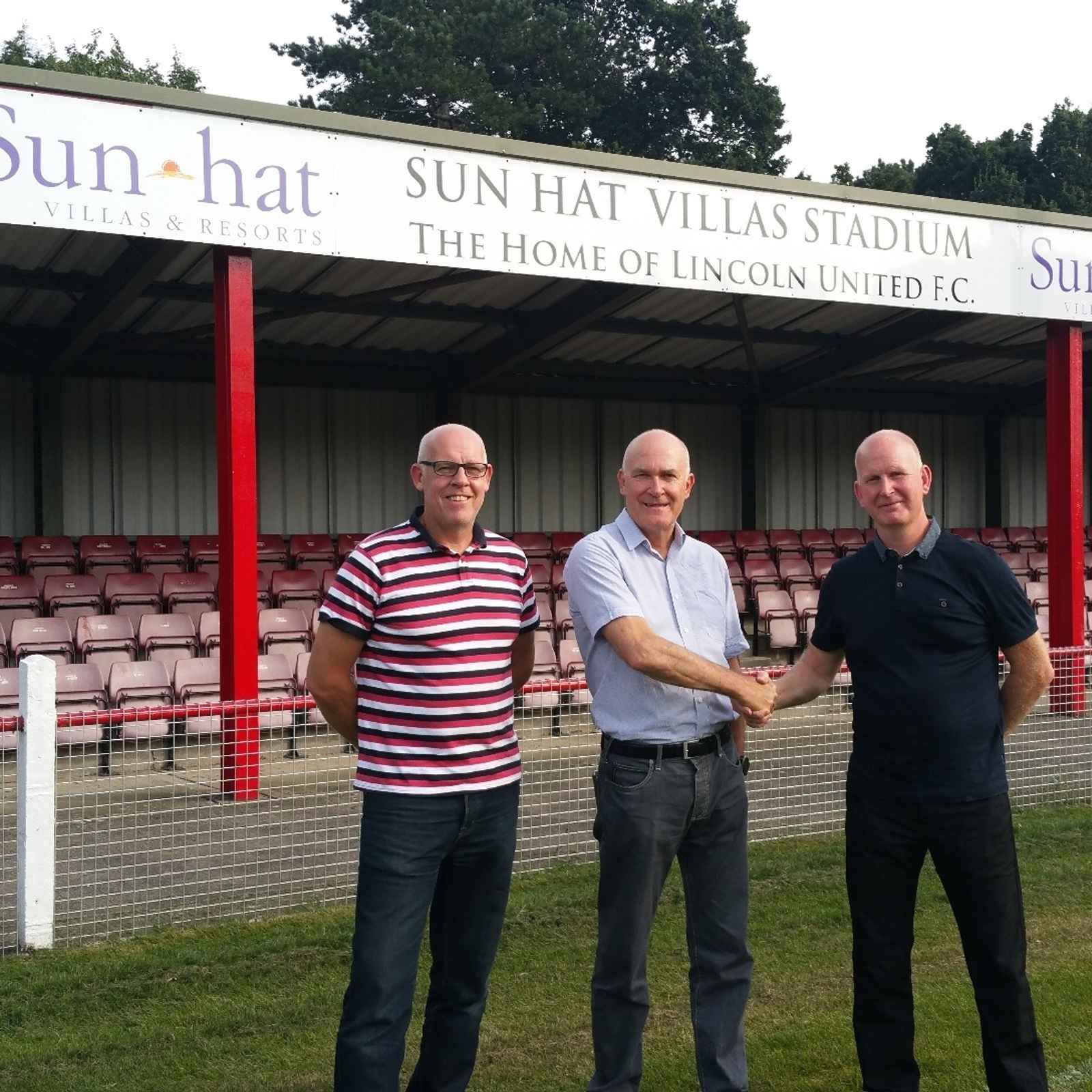 SUN-HAT VILLAS SPONSOR WHITES' STADIUM FOR THIRD YEAR RUNNING