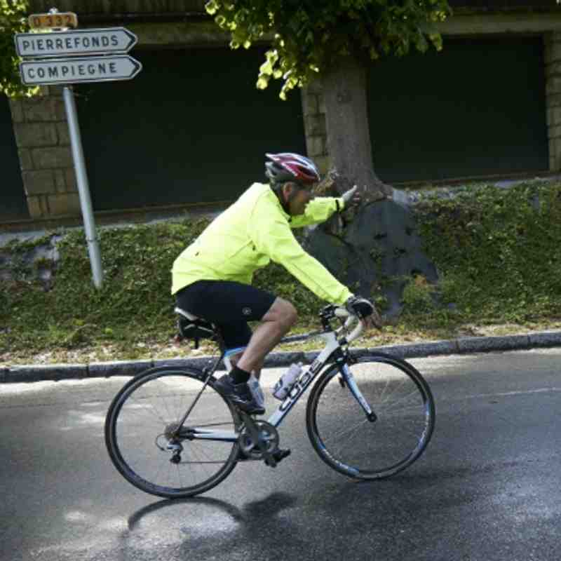 Day 1 Cycling to Compeigne Rugby Club