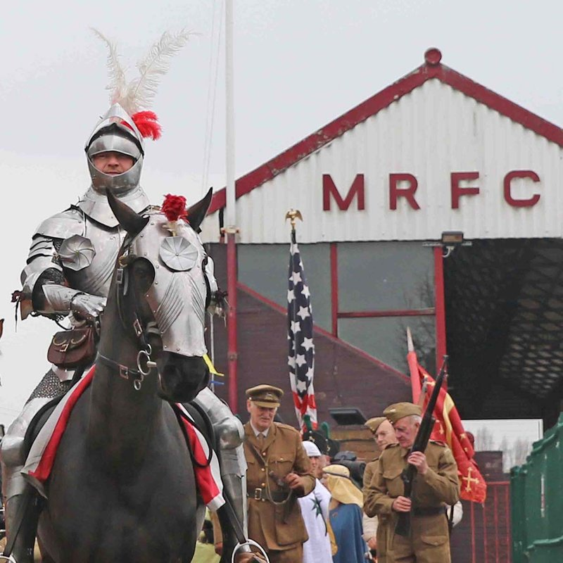 Big Crowds for St. George's Day Festival