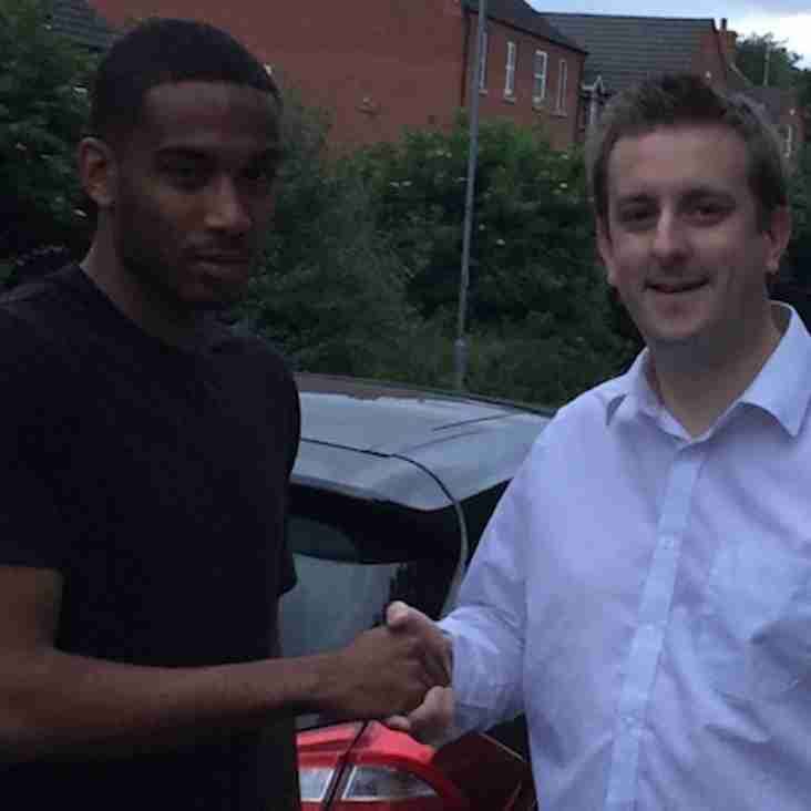 Waite becomes fifth summer signing