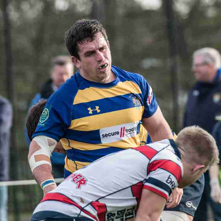 Exiles test for table-topping Extras
