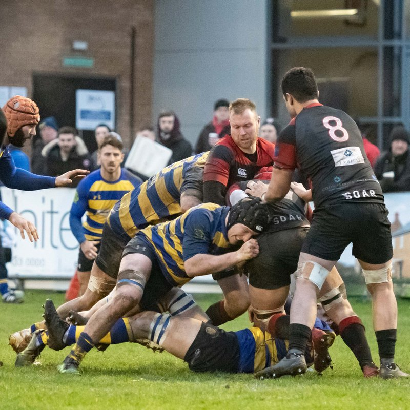 Battling OEs overcome Moseley power play