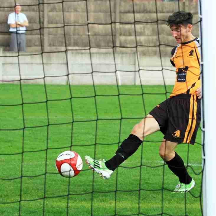 Ossett Albion 6 - 1  Chesterfield XI