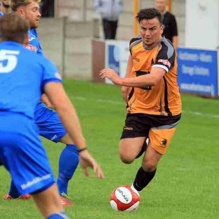 Clitheroe  1 - 3  Ossett Albion