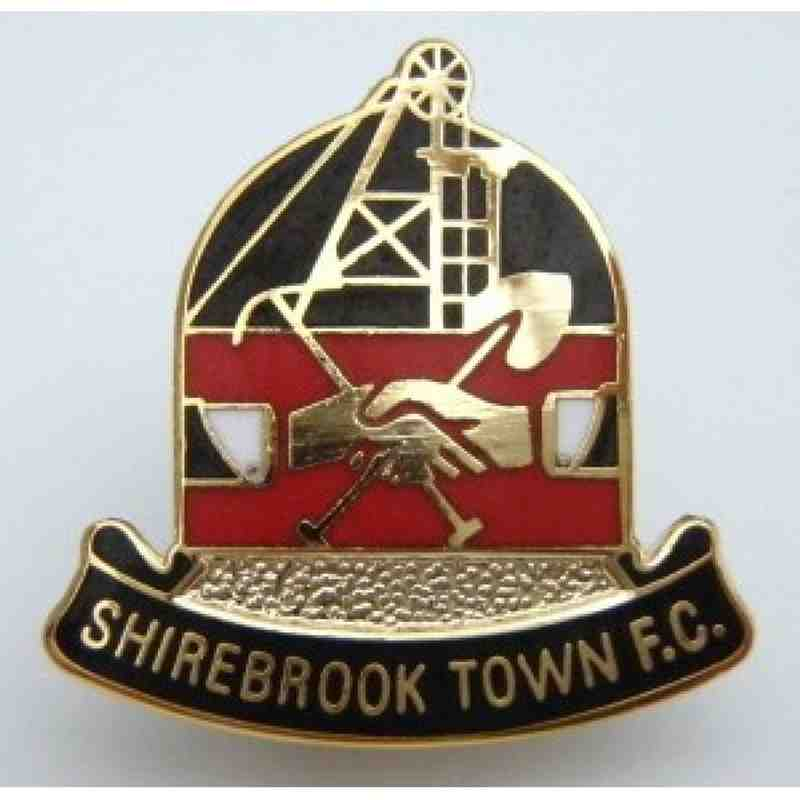 Club Badge, Gold Finish