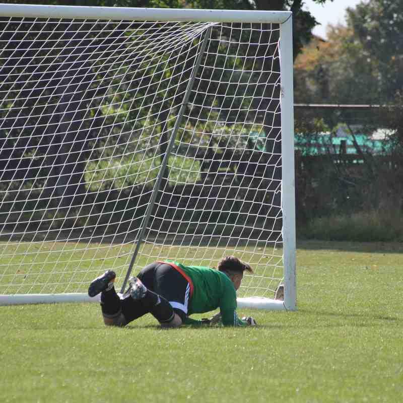 Bedfont Sunday 3 V Isleworth AFC