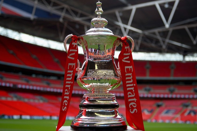 IT'S EMIRATES FA CUP DAY