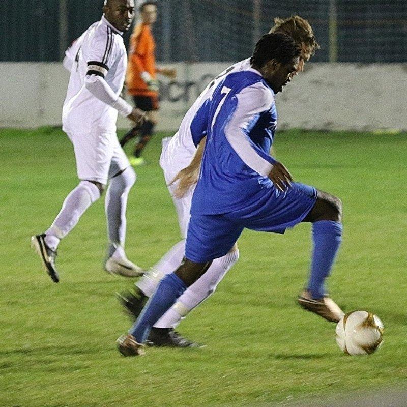 Redbridge F.C. 1 v 2 Thurrock F.C.- Match Report & Photos Uploaded