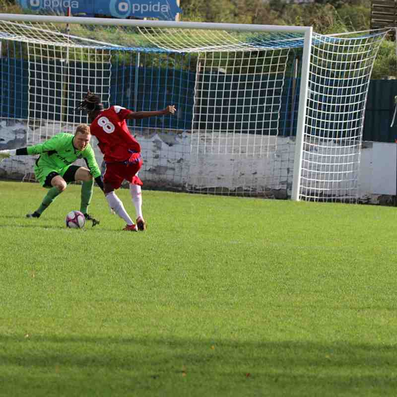 Redbridge F.C. v Ilford-21/10/17 by Philip Lindhurst