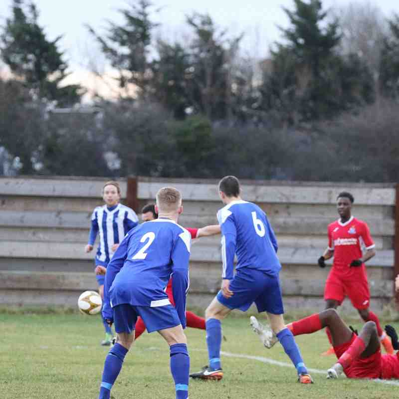 Hullbridge Sports v Redbridge-16/12/17 by Philip Lindhurst