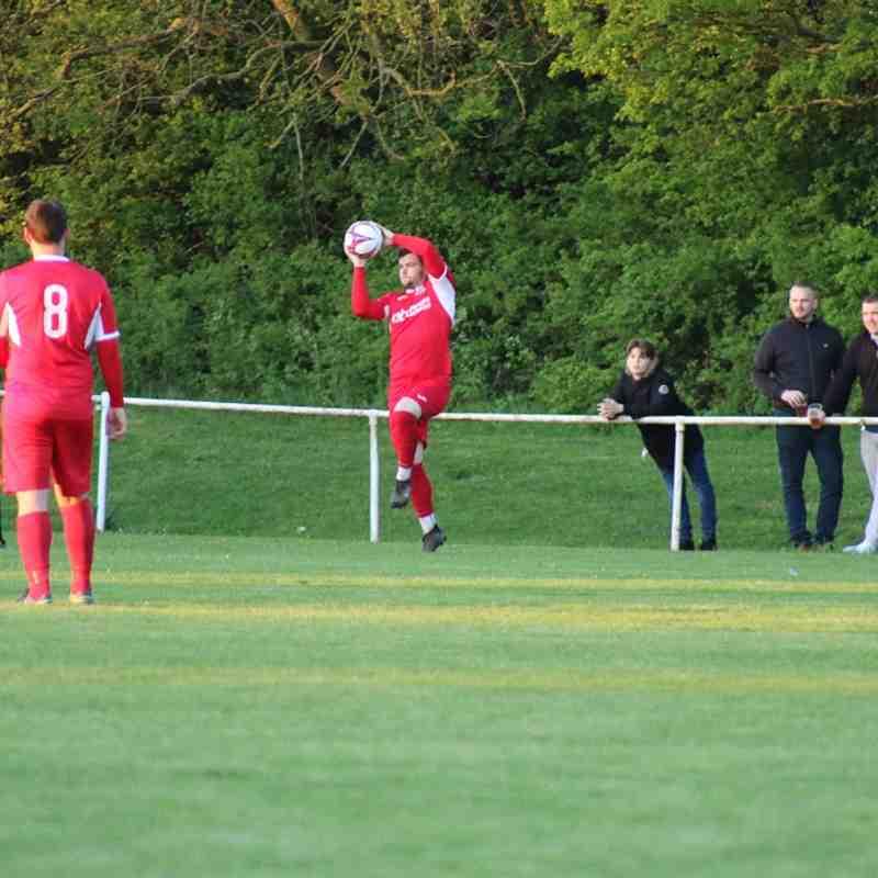 Basildon Utd v Redbridge F.C.-02/05/18 by Philip Lindhurst