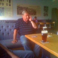 Bob Giles, The Master