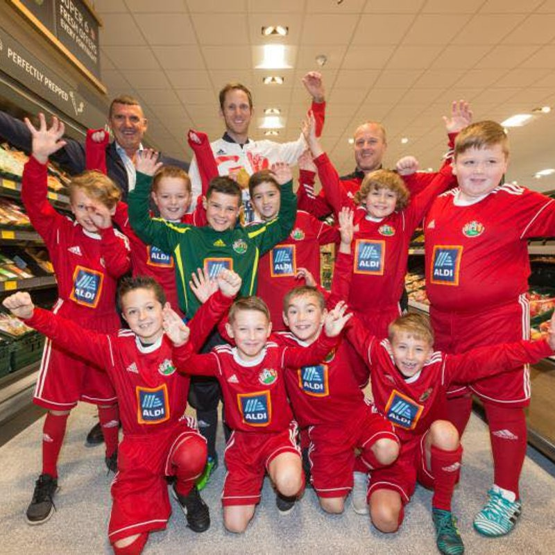 Denbigh Town FC  under 9s at the recent opening of Aldi