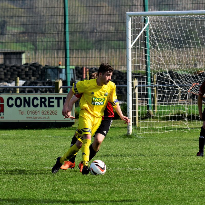 Honours even in top of table clash