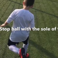 Vision Football Academy Skill of the Month -  Maradona 360