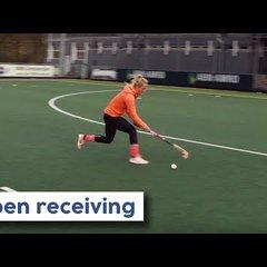 Open / Forward Receiving tutorial | Hockey Heroes TV