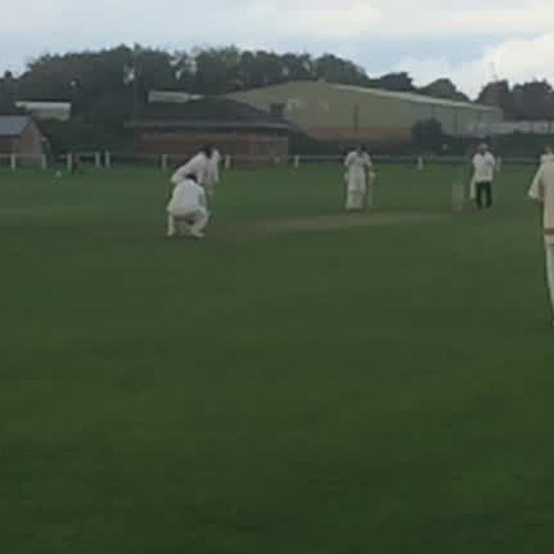 Tippo hits winning runs!