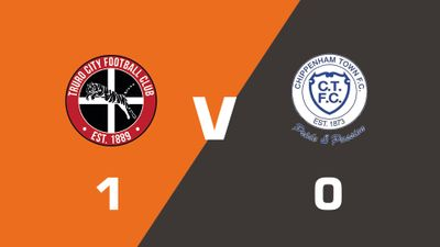 Highlights: Truro City vs Chippenham Town