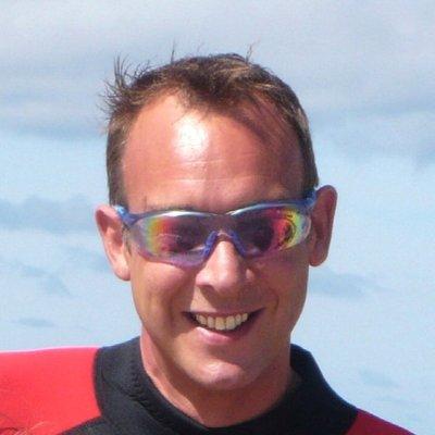 Steven  Tomlin
