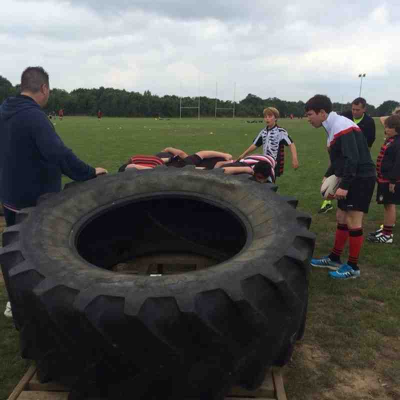 TRFC Under 15 welcome help from their new coach Nick Hill.