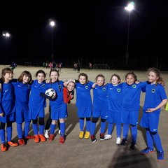 U9 Swans Girls sporting their New Blue away kit