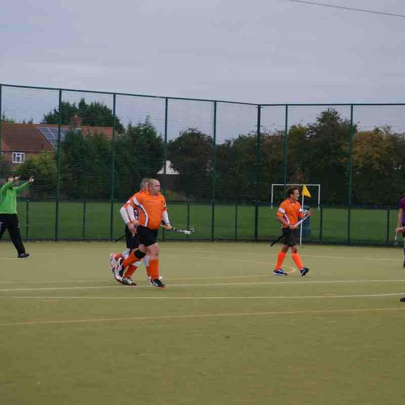 Mens 1st XI v Huddersfield Dragons 2 - 17th October 2015