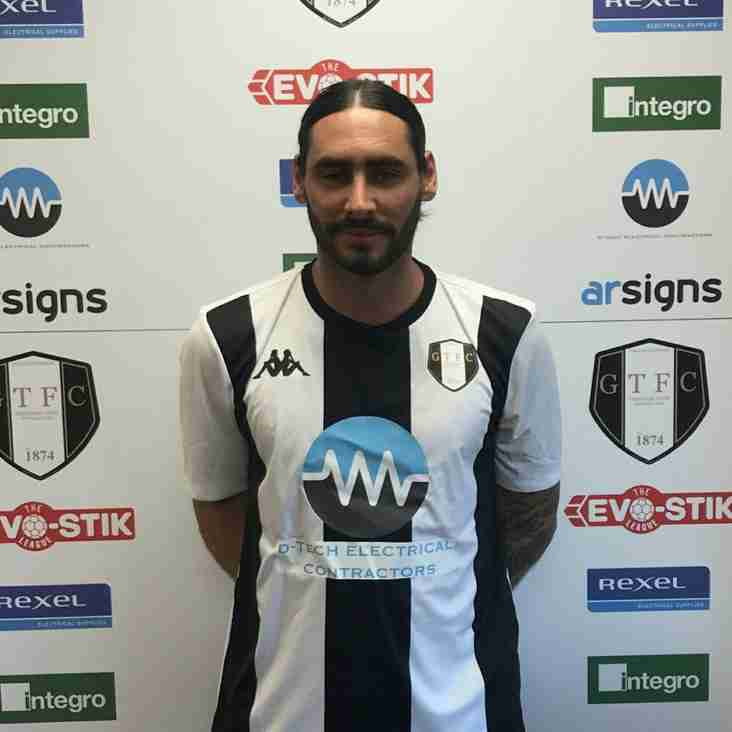 Grantham make first summer signing