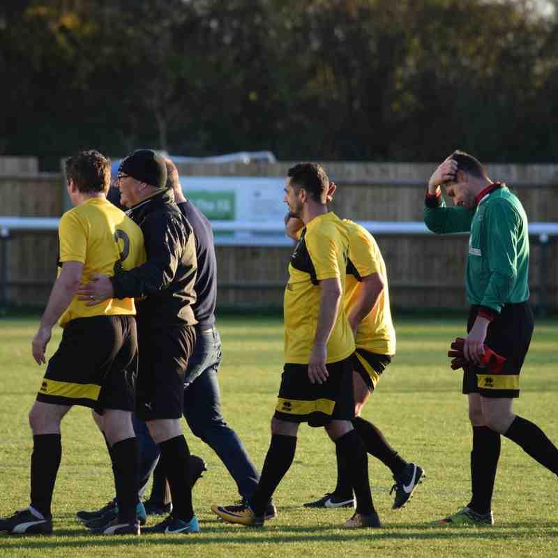 Man Utd Legends v Melksham Town Select XI