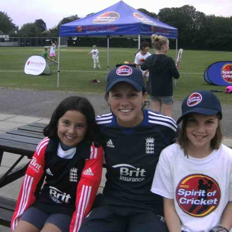 Ashtead Girls train with England players