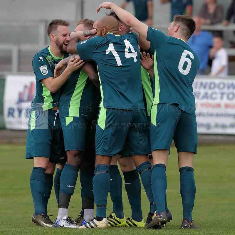 Chippenham Town V Wealdstone FC Match Pictures 21st April 2018