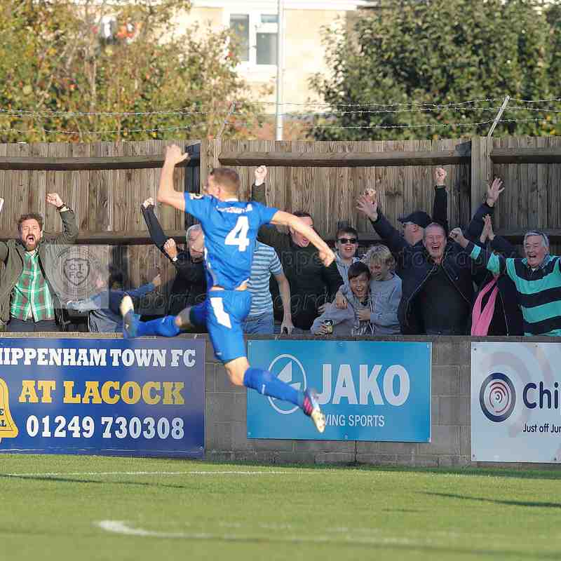 Chippenham Town V Maidehead United FC FA Cup Match Pictures 20th October 2018