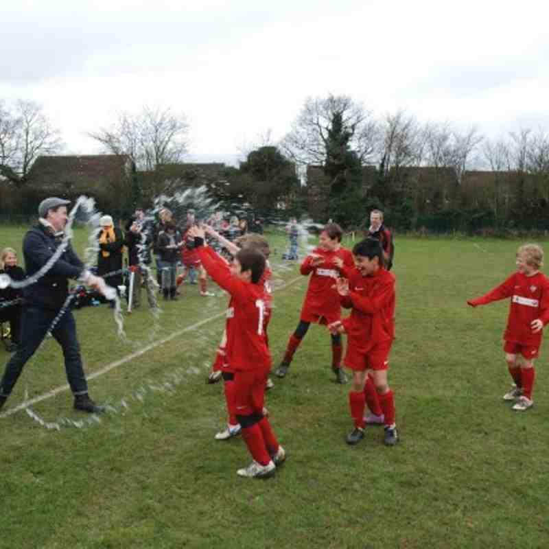U10 Crusaders Win the Royston Crow Youth Football B League